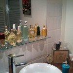 Photo_1-150x150 dans une maison, une salle de bain