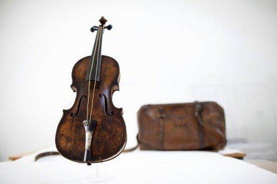 le violon qui coula... dans c'est renversant ! le-violon-qui-coula